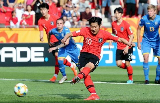 한국 축구의 미래로 주목 받는 미드필더 이강인. [연합뉴스]